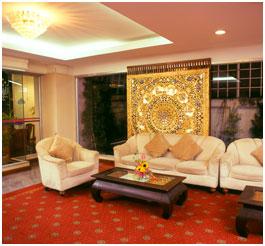 Cheap ayutthaya hotels ayothaya riverside hotel the for Ayothaya thai cuisine